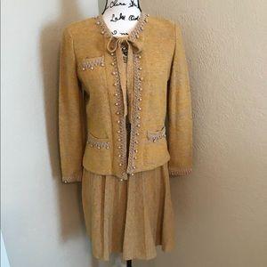 Vintage Adolfo 2 Piece Gold Suit Size 2-4